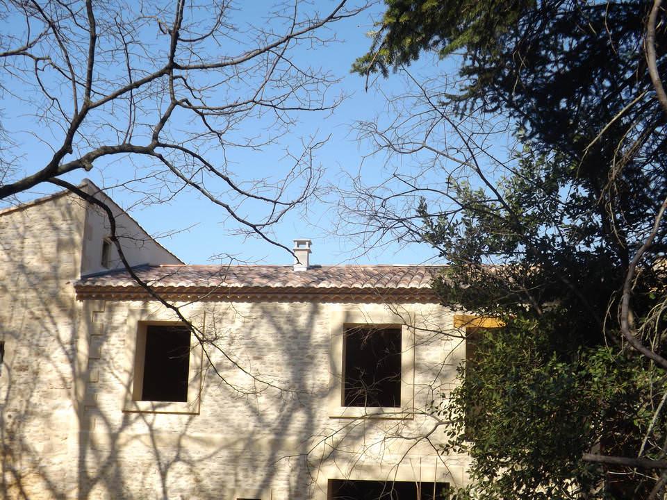 renovation grange Uzes